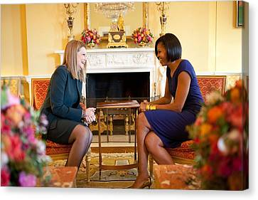 Michelle Obama Greets Mrs. Ada Canvas Print by Everett