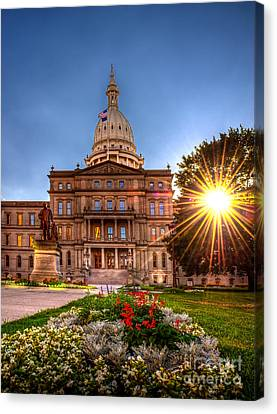 Michigan Capitol - Hdr - 2 Canvas Print by Larry Carr