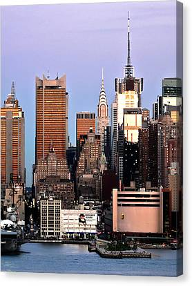 Midtown Manhattan 03 Canvas Print by Artistic Photos