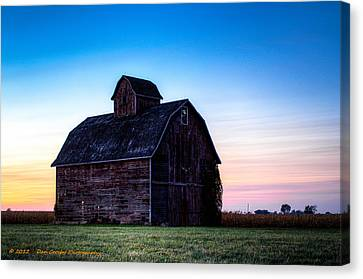 Midwest Sun Down Canvas Print by Dan Crosby