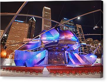Canvas Print featuring the photograph Millennium Park by Sebastian Musial