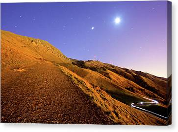 Mission Peak At Dawn Canvas Print by Sean Duan