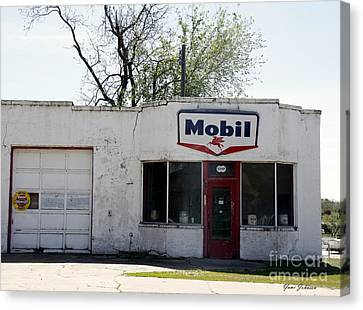 Mobil Gas Signe Canvas Print by Yumi Johnson
