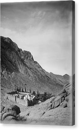 Mount Sinai, To Sinai Via The Red Sea Canvas Print by Everett