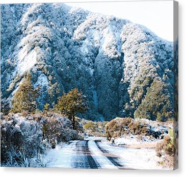 Mountain And Ice Canvas Print