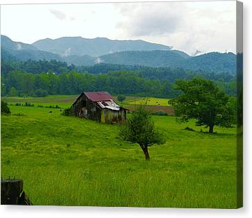 Mountain Barn Canvas Print by Utopia Concepts