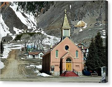 Canvas Print featuring the photograph Mountain Chapel With Red Steps by Lorraine Devon Wilke