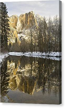 Mountains Reflecting In Merced River In Canvas Print by Robert Brown
