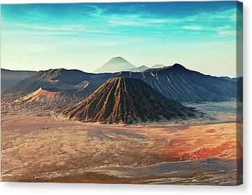 Mt. Bromo, Indonesien Close-up Canvas Print by Daniel Osterkamp