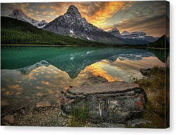 Mt Chephren Sunset Canvas Print by Howard Kilgour