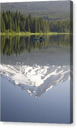 Mt. Hood Reflecting In Trillium Lake Mt Canvas Print