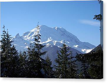 Mt. Rainier Canvas Print by Rob Green