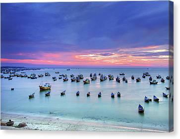 Mui Ne Is Coastal Resort Town Canvas Print by Simonlong