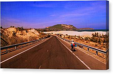 Canvas Print featuring the photograph Muine Beach by Arik S Mintorogo