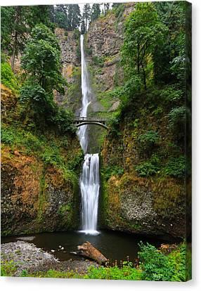 Multnomah Falls Oregon Canvas Print by Sam Amato