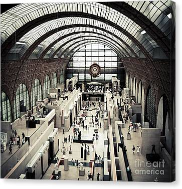 Musee D'orsay II Canvas Print by RicharD Murphy