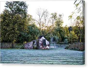 Narcissa Springhouse In Fall Canvas Print by Bill Cannon