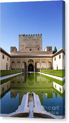 Nasrid Palace From Fish Pond Canvas Print by Jane Rix