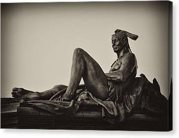 Native American Statue - Eakins Oval Philadelphia Canvas Print by Bill Cannon