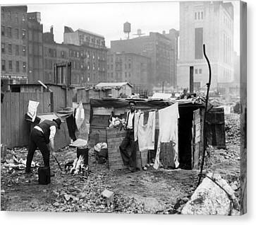 New York City--a Couple Of Jobless Canvas Print by Everett