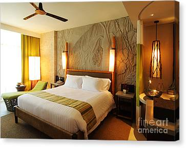 Nice Hotel-room Canvas Print by Atiketta Sangasaeng