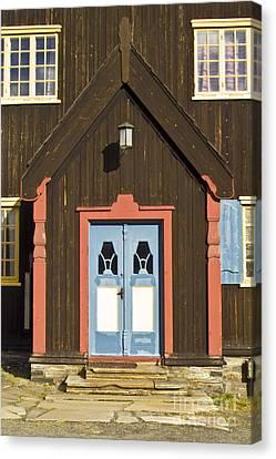 Norwegian Wooden Facade Canvas Print by Heiko Koehrer-Wagner