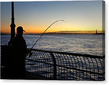 Ny Harbor Sunset Canvas Print by Lynn Wohlers