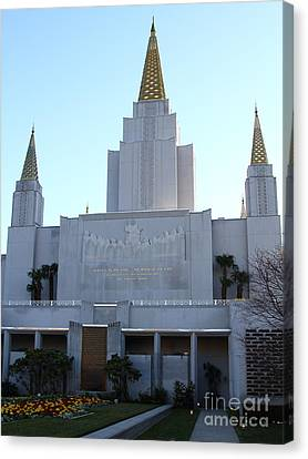 Oakland California Temple . The Church Of Jesus Christ Of Latter-day Saints . 7d11327 Canvas Print by Wingsdomain Art and Photography
