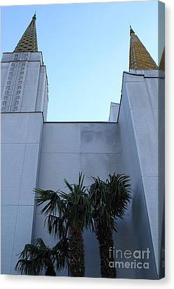 Oakland California Temple . The Church Of Jesus Christ Of Latter-day Saints . 7d11331 Canvas Print by Wingsdomain Art and Photography