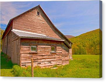 Canvas Print featuring the photograph Old Barn In The Valley by Nancy De Flon