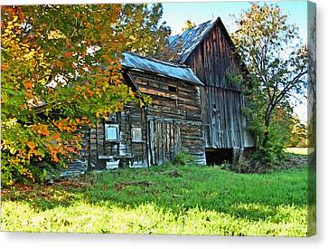 Old Barns Canvas Print - Old Barn In Vermont by James Steele