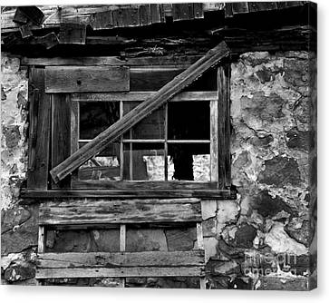 Old Barn Window Canvas Print by Perry Webster
