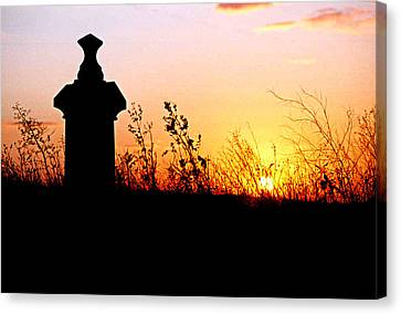 Canvas Print featuring the photograph Old Cemetary In A Farm Field by Kimberleigh Ladd