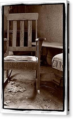 Old Chair Bodie California Canvas Print by Steve Gadomski
