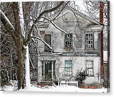 Old Farm House Canvas Print by Cheryl Cencich