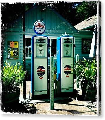Old Fashioned Gas Station Canvas Print by Nina Prommer