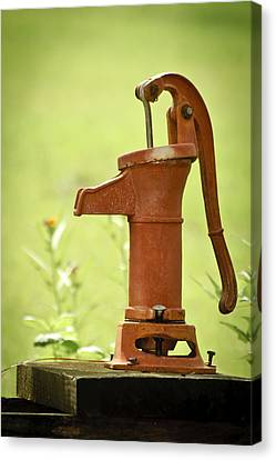 Old Fashioned Water Pump Canvas Print