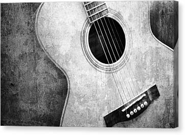 Old Guitar Black And White Canvas Print by Nattapon Wongwean