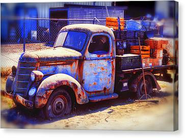 Old Junk Truck Canvas Print by Garry Gay