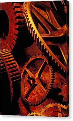 Old Rusty Gears Canvas Print by Garry Gay