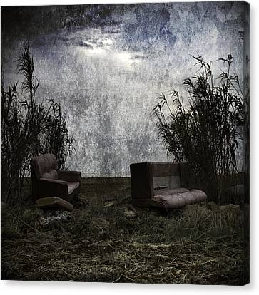 Old Sofas Canvas Print by Stelios Kleanthous