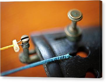 Old Violin Canvas Print by Rudy Malmquist