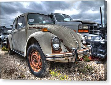 Old Vw Beetle Canvas Print