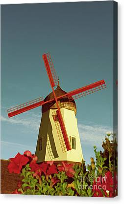 Old Windmill  Canvas Print by Paul Topp
