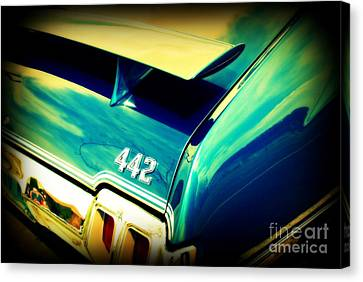 Oldsmobile 442 Canvas Print