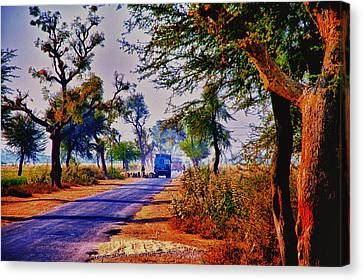 Canvas Print featuring the photograph On The Road To Jaipur by Rick Bragan
