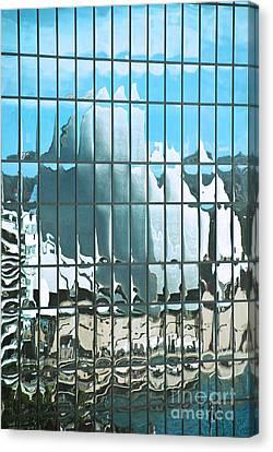 Opera House Reflection Canvas Print by Bob and Nancy Kendrick