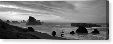 Oregon Coast Panorama Black And White Canvas Print