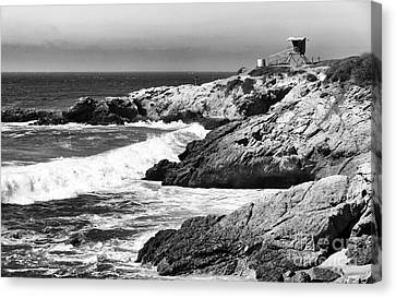 Pacific Lifeguard View In Bw Canvas Print by John Rizzuto