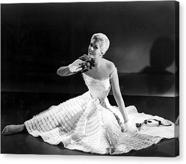 Pal Joey, Kim Novak, 1957 Canvas Print by Everett